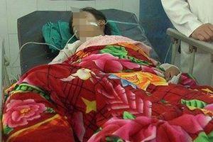 Thách đố nhau uống thuốc trừ sâu, 4 học sinh tiểu học nhập viện cấp cứu