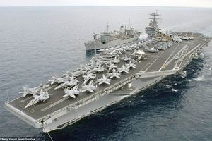 Điểm mặt 12 tàu chiến Mỹ điều động vào vị trí, sẵn sàng tấn công Syria