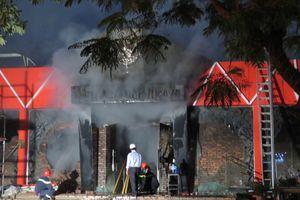 Hé lộ nguyên nhân cháy quán bar lớn nhất đất Cảng