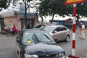Thái Bình: Hai ô tô rượt đuổi nhau trên phố, gây tai nạn cho người đi đường