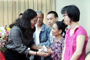 Quận Cầu Giấy (Hà Nội): Trao quà cho hơn 200 người khuyết tật