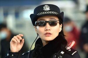 Trung Quốc sử dụng kính nhận diện khuôn mặt để kiểm soát hành khách