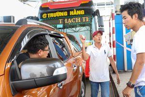 Lo kẹt xe ngày Tết, BOT Ninh An 'đơn phương' miễn phí cho xe qua trạm