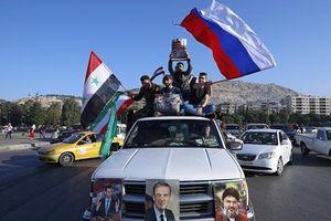 Người dân Syria xuống đường ăn mừng tên lửa của Mỹ bị bắn hạ