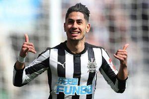 Newcastle 2-1 Arsenal: Bất ngờ thua ngược