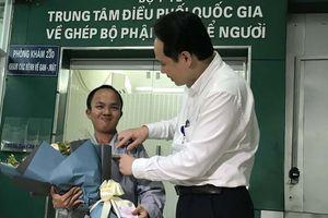 Thanh niên khuyết tật đi bộ 2.000 km để đăng ký hiến tạng