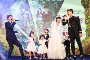 4 thiên thần nhí nhà Lý Hải - Minh Hà 'khoe giọng' cùng bố mẹ