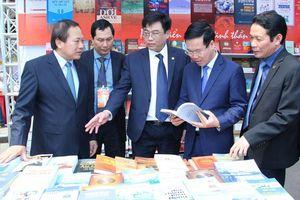 Hàng vạn người tham dự Ngày sách Việt Nam lần thứ 5