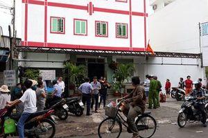 Cháy dữ dội tại khách sạn ở Sài Gòn, nhiều người ôm va li tháo chạy