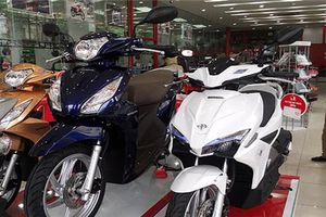 Người Việt mua hơn 800.000 xe máy trong 3 tháng đầu năm 2018