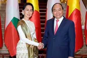 Thủ tướng hội đàm với Cố vấn Nhà nước CHLB Myanmar