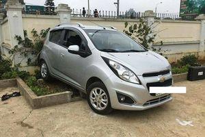 Công an Sơn La thông tin vụ giáo viên lùi xe tông chết học sinh