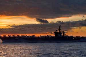 Nhóm tác chiến tàu sân bay Carl Vinson đến Biển Đông