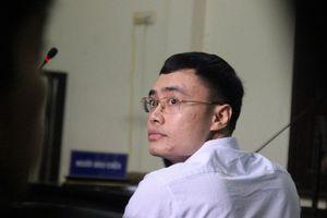 Những hình ảnh đầu tiên tại phiên tòa xét xử cựu nhà báo Lê Duy Phong