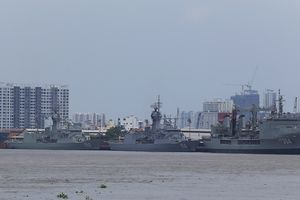 Ba tàu Hải quân Hoàng Gia Australia đã cập cảng Tp. Hồ Chí Minh
