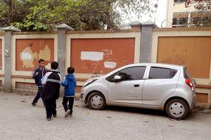 Ủy ban ATGT Quốc gia: Cấm dừng đỗ xe trong hoặc xung quanh sân trường trong giờ học