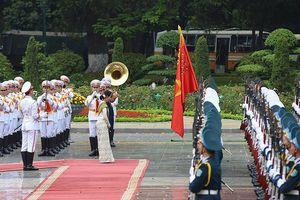 Toàn cảnh chuyến thăm chính thức Việt Nam của Cố vấn Nhà nước Myanmar