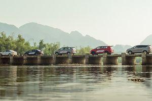 Hành trình níu xuân cùng bộ tứ Toyota 'nội'