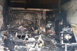 Bố đi làm xa, 3 mẹ con chết cháy trong nhà lúc rạng sáng