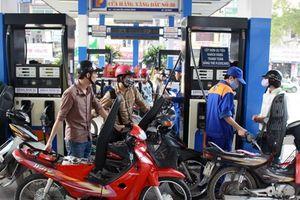 Quỹ bình ổn xăng dầu của Petrolimex giảm mạnh, còn 2.692 tỷ đồng