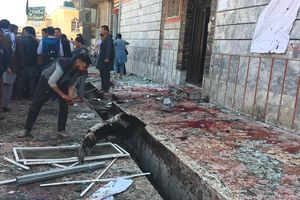 Tấn công liều chết rung chuyển Kabul
