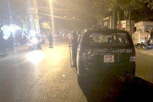 Xác định nhóm côn đồ chặn đầu xe dùng hung khí chém hành khách, bắn tài xế