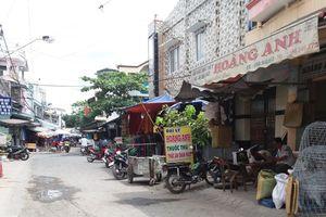 Trích xuất camera truy bắt kẻ cướp trong chợ Vĩnh Long giữa ban ngày