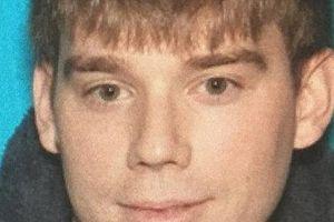 Cảnh sát Mỹ truy lùng người đàn ông khỏa thân bắn chết 4 người