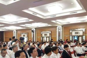 Agribank Thanh Hóa đón cờ thi đua của Chính phủ
