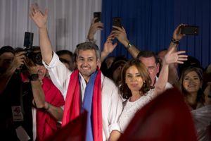 Ông Mario Abdo Benitez trở thành tân Tổng thống Paraguay