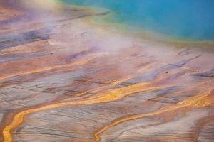 200 trận động đất gần siêu núi lửa Yellowstone