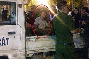 Khởi tố tài xế xe bán tải kéo lê người hàng trăm mét ở Hà Nội
