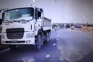 Clip: Hãi hùng xe tải chạy ngược chiều trên đường ở Thanh Hóa