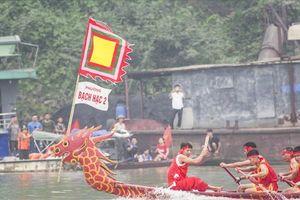 Sôi động Lễ hội đua thuyền trên đất Tổ