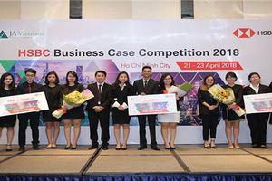 Sinh viên RMIT Việt Nam vô địch cuộc thi 'Giải quyết tình huống kinh doanh HSBC'