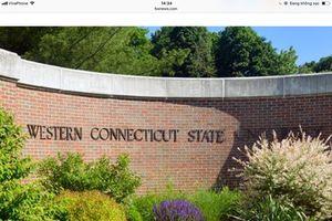 Một đại học Mỹ tạm 'đóng cửa trường' vì gần 100 sinh viên bị nhiễm norovirus