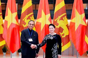 Chủ tịch Quốc hội Nguyễn Thị Kim Ngân đón, hội đàm với Chủ tịch Quốc hội Sri Lanka Karu Jayasuria