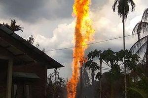 Cháy giếng dầu ở Indonesiaia khiến 10 người thiệt mạng
