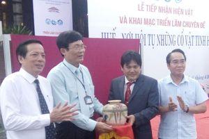 Hiến tặng hơn 260 hiện vật cho bảo tàng tại Huế