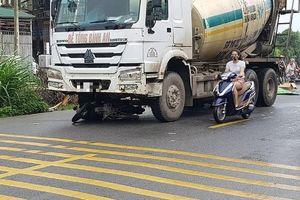 2 người đàn ông đi xe máy tử vong dưới gầm xe bồn