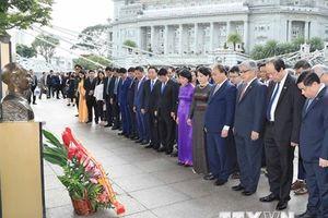 Hoạt động của Thủ tướng Nguyễn Xuân Phúc tại Singapore