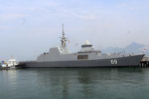 Tàu Hải quân hiện đại của Singapore đến Đà Nẵng