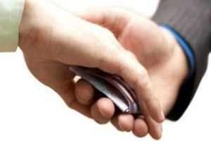 Phó Trưởng công an xã nhận hối lộ 2 triệu khi bắt bạc