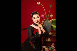 Nghệ sĩ Bạch Tuyết soạn giáo trình dạy hát vọng cổ online