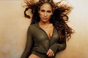 Jennifer Lopez: Từ vũ công trở thành nữ hoàng Latinh bốc lửa