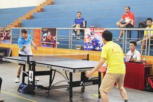 200 cán bộ, viên chức các trường ĐH, CĐ tham gia giải đấu Cầu lông, Bóng chuyền