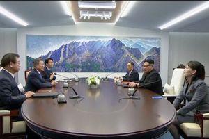 Hội nghị thượng đỉnh liên Triều: 'Bí mật' sau chiếc bàn đàm phán rộng 2018 mm