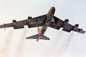 Pháo đài B-52 của Mỹ diễn tập gần khu vực Biển Đông