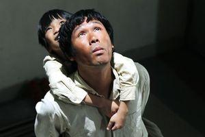 'Cha cõng con' giành giải phim hay nhất châu Á tại LHP ở Iran
