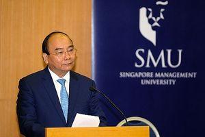 Thủ tướng dặn dò các sinh viên Việt Nam tại Đại học quản lý Singapore